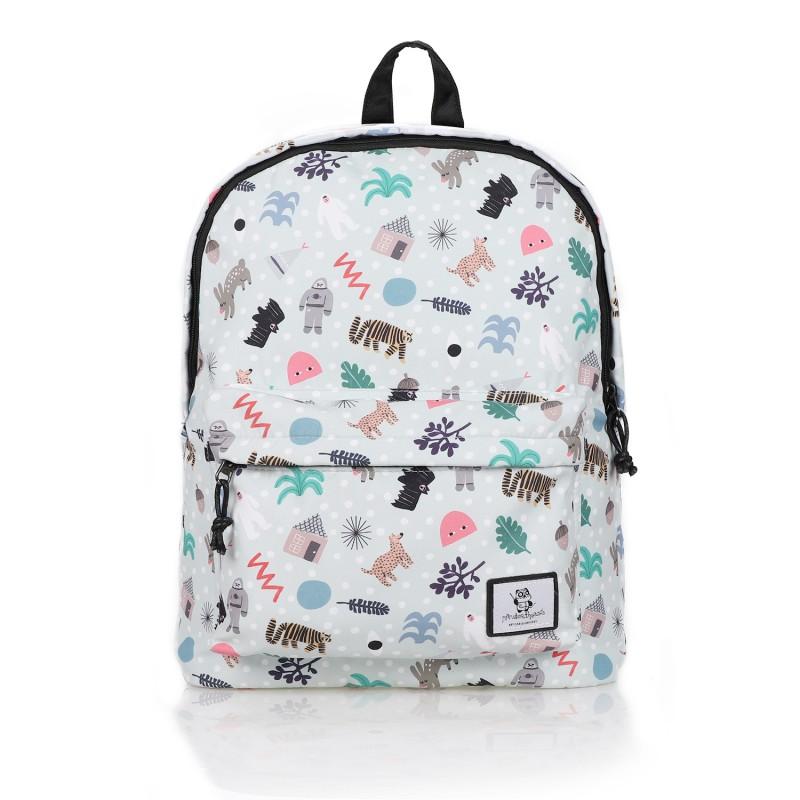 backpack-min-pin-winter.jpg