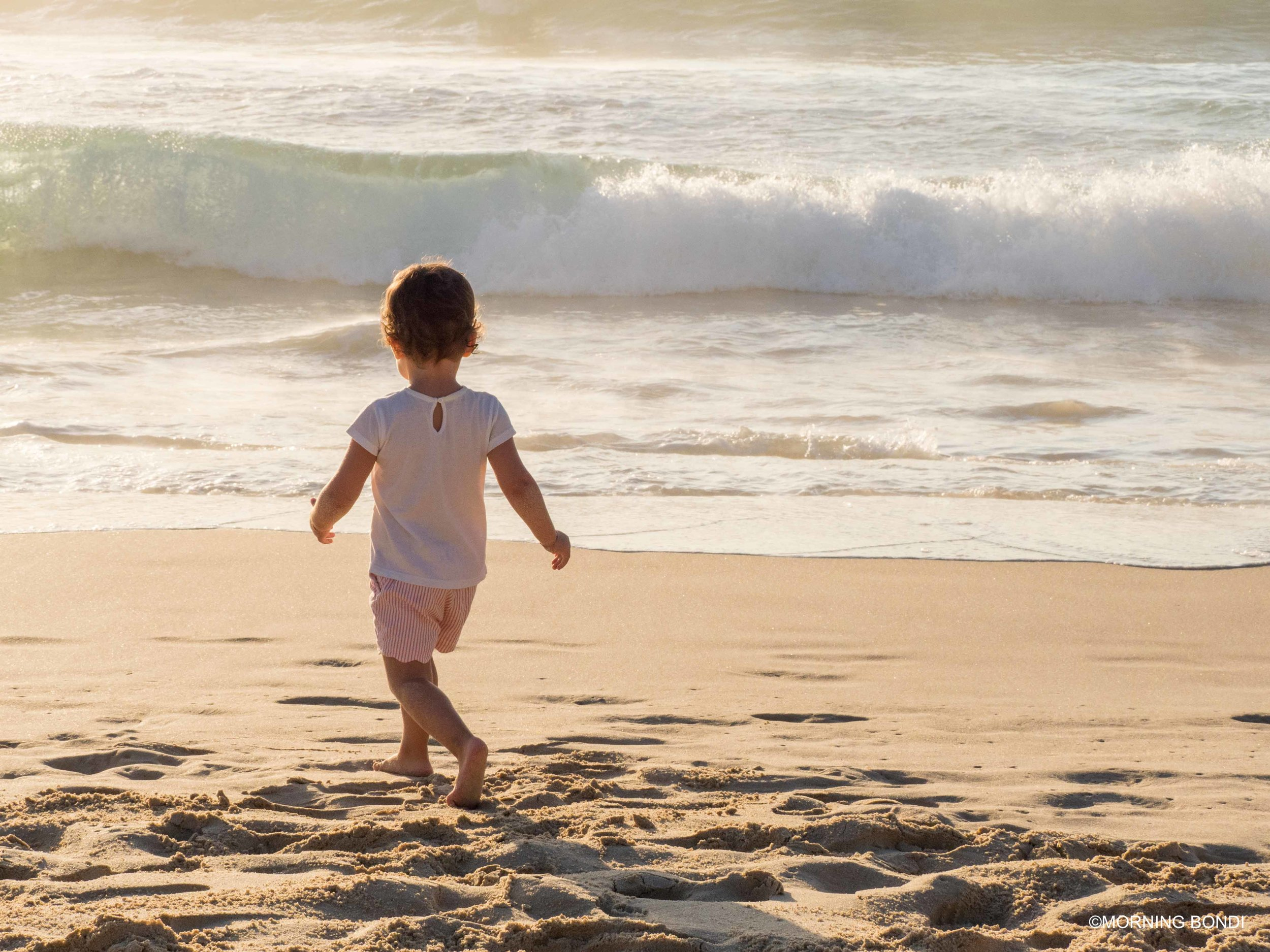 Kids in Australia are the luckiest, starting their days down the beach before going to daycare. Tough life!