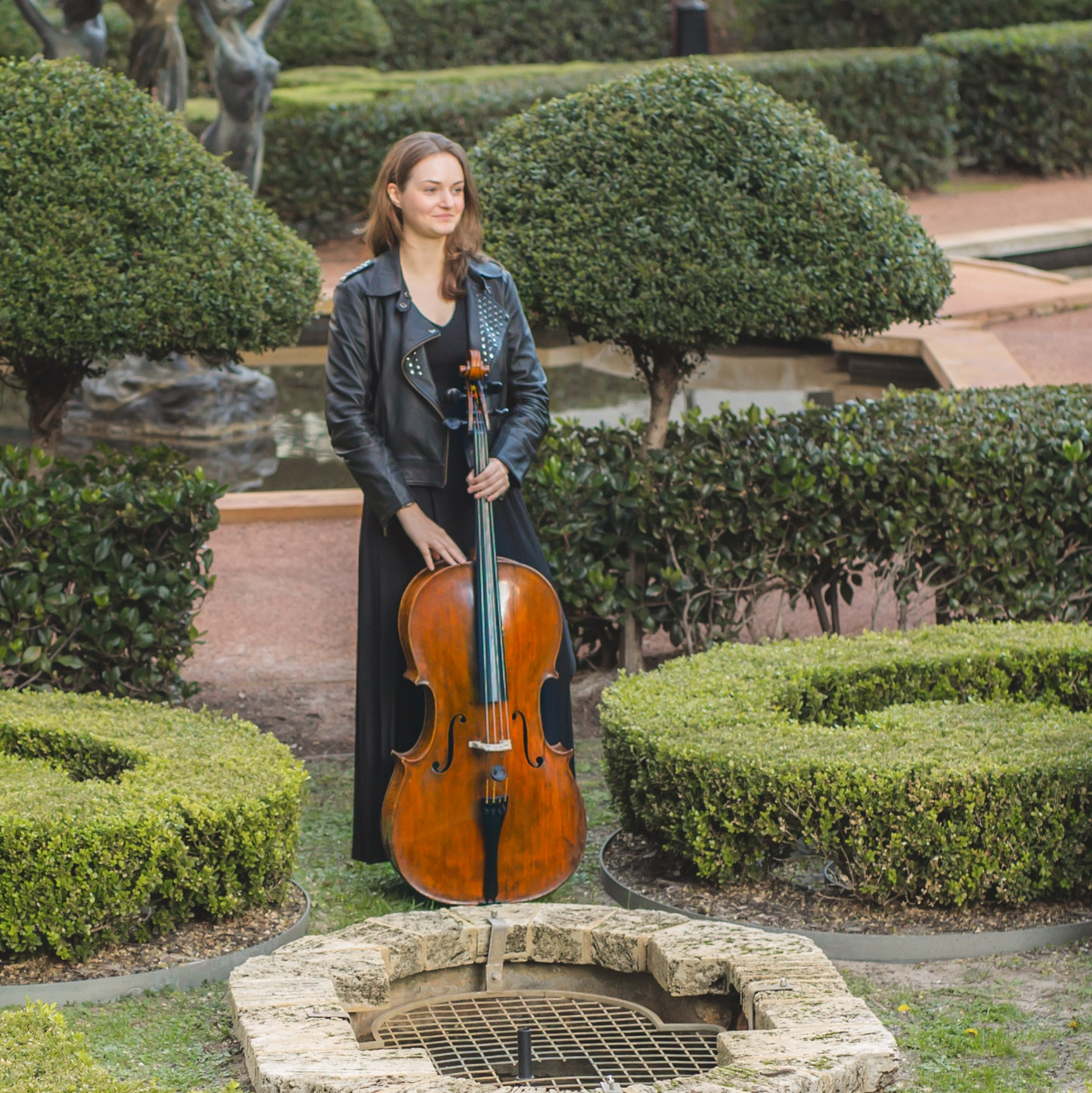 perth-function-string-music-hire-wedding-riverside-cellist-cello