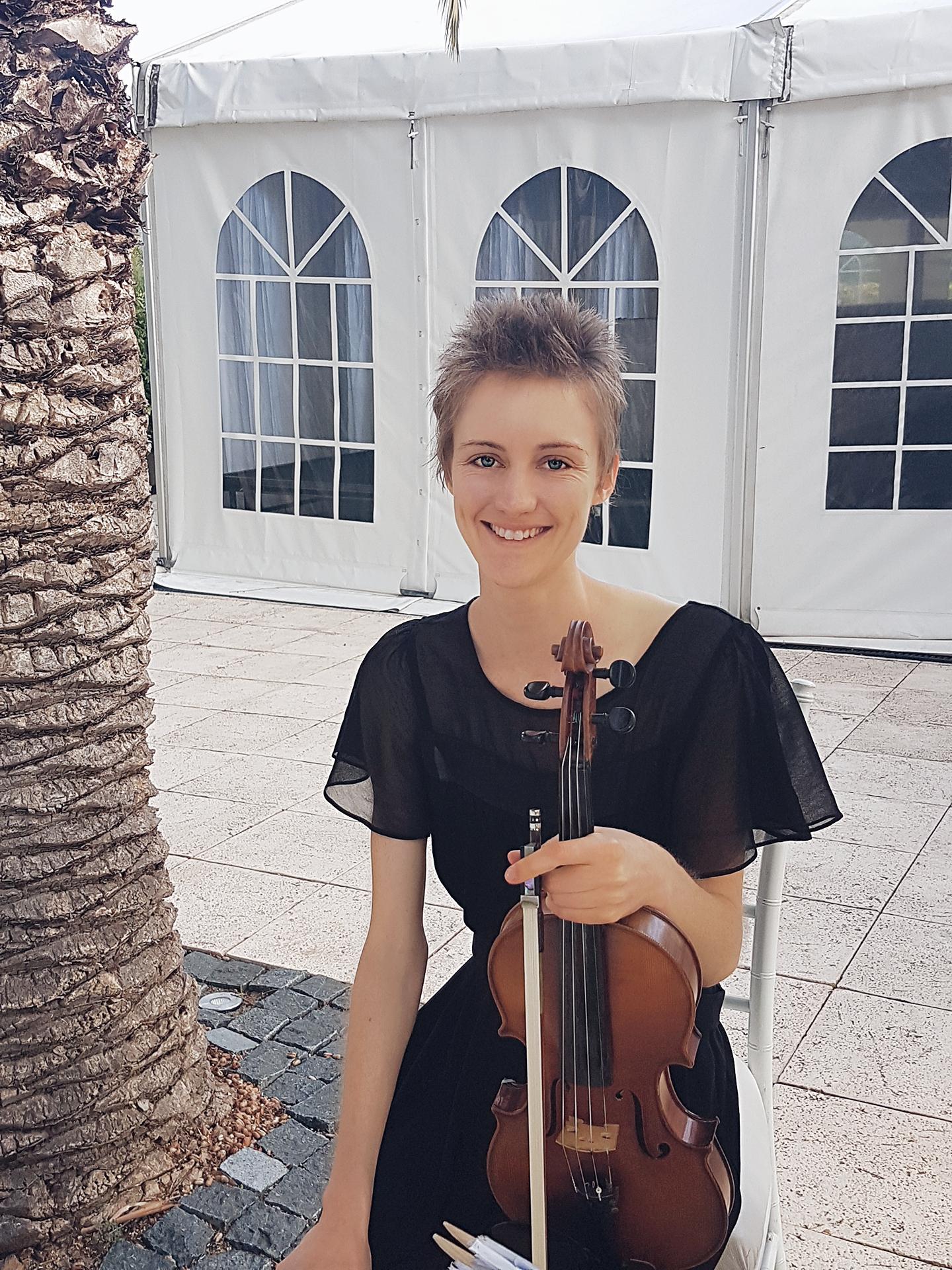 perth-function-string-music-hire-wedding-riverside-musiciansperth-function-string-music-hire-wedding-riverside-musicians-classical-contemporary-violin-solo-violinist