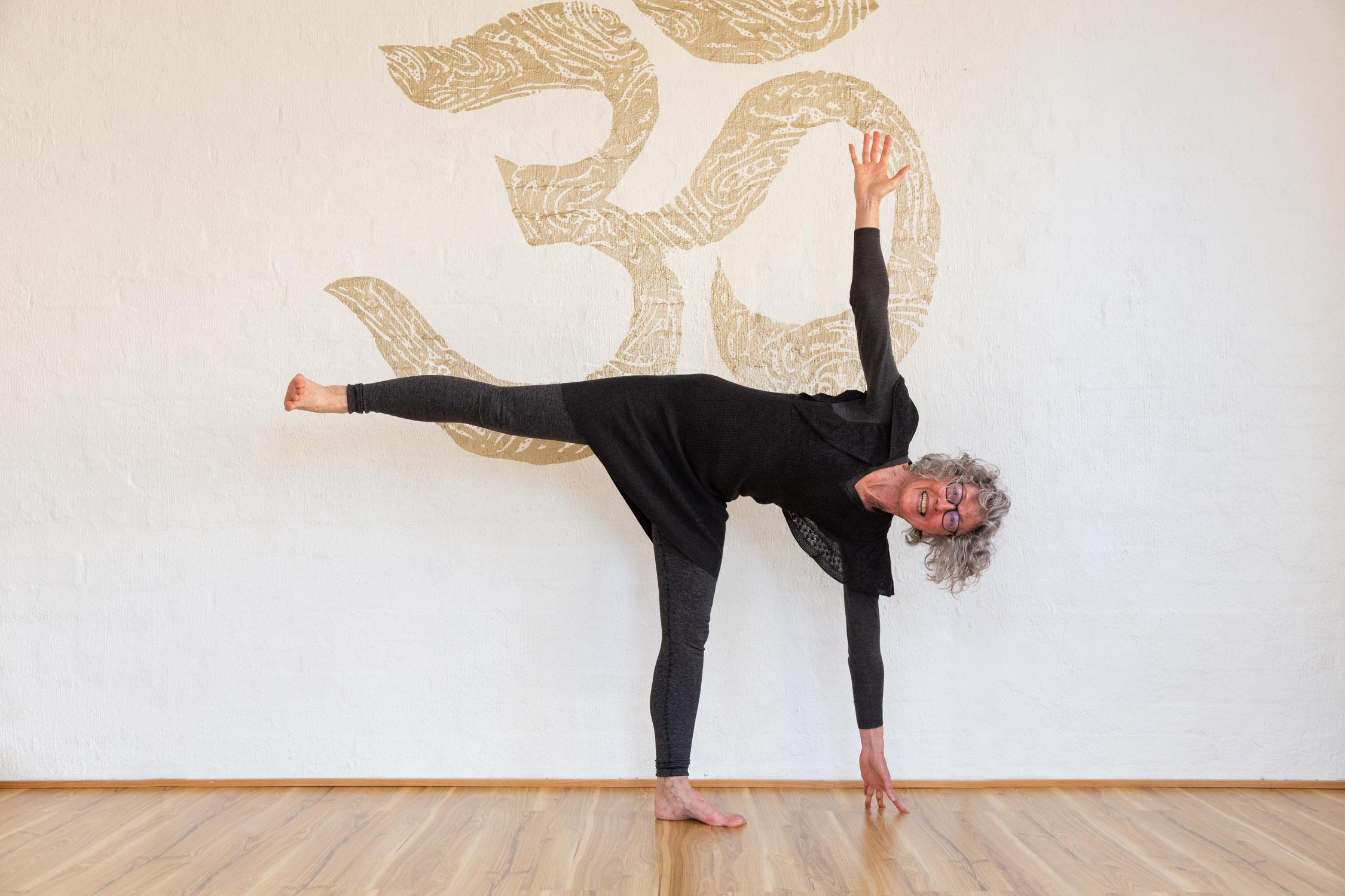 Katherine 1_Jessica Dewar Yoga.jpg