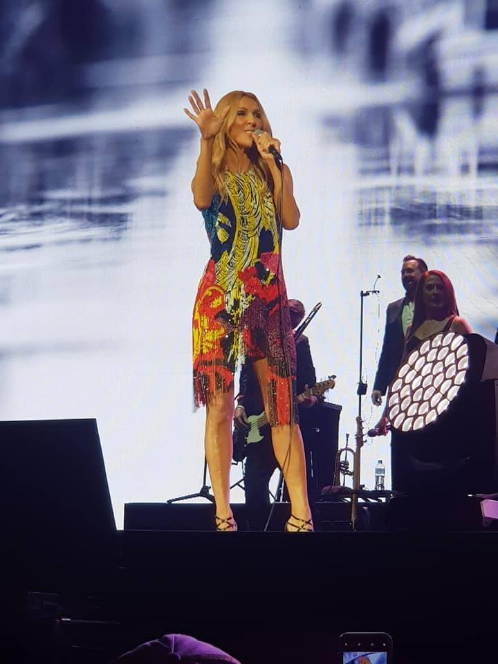 Jessica Dewar Yoga_Celine Dion 2018 05.jpg