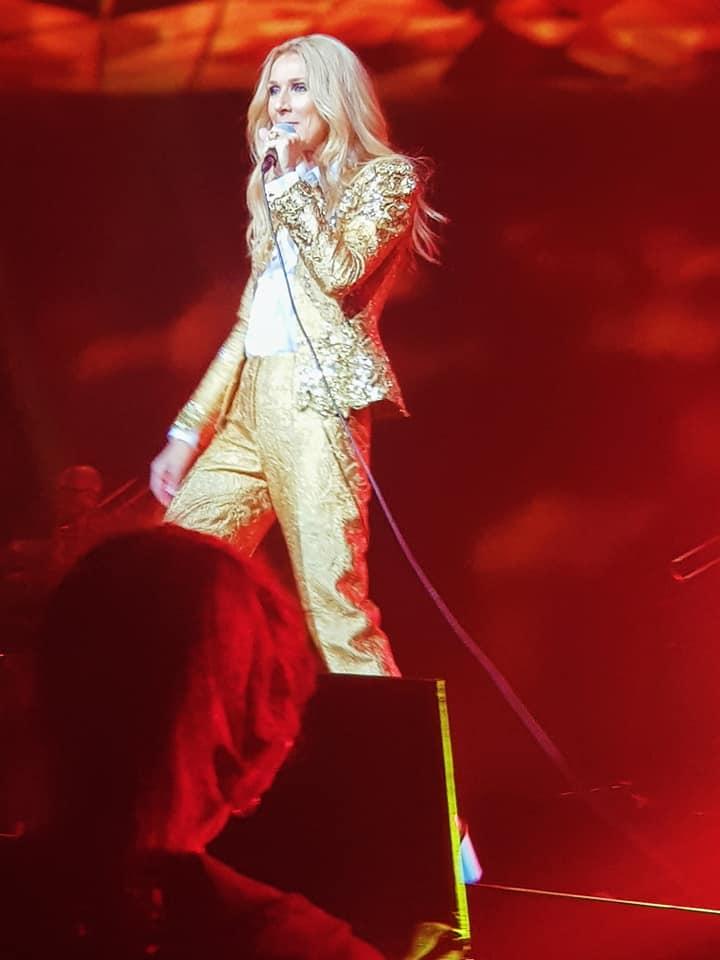 Jessica Dewar Yoga_Celine Dion 2018 02.jpg