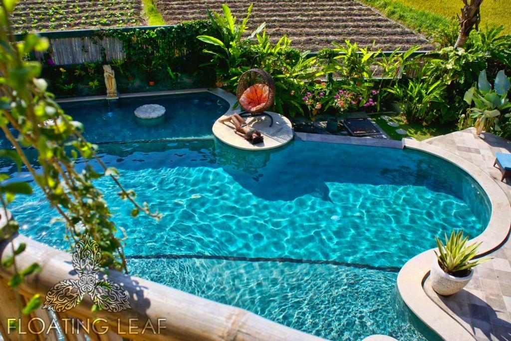 girl-Bali-pool-bikini-1024x683.jpg
