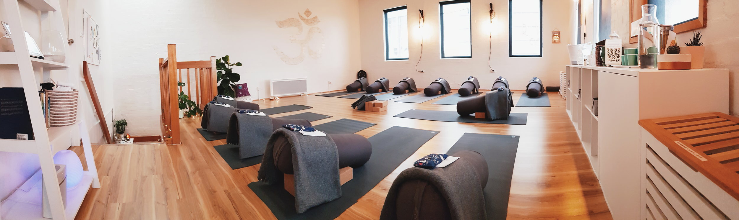 Jessica Dewar Yoga Studio Hawthorn East.jpg