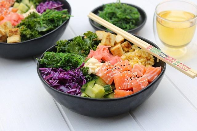 Is anyone else obsessed with Poke Bowls at the moment?⁠ 🥢⁠ ⁠ We make ours with delicious salmon on an almost weekly rotation atm but you can also use chicken breast, lean steak or tofu/tempeh if you're not a fish fan 🙂⁠ ⁠ Check out our Poke Bowl recipe on our website 🤩⁠ Link in bio 👆🏼⁠ ⁠ ⁠ ⁠ #poke #pokebowl #cheekypoke #dietitianapproved #dietitianapprovedrecipes #realfood #wholefood #jerf #eatwelllivewell #nourish #buzzfeedhealth #antioxidants #feedfeed #freshisbest #thekitchn #ieatforme #nourishwiththeseasons #delicious #lowFODMAP #dietitianBrisbane #Brisbanedietitian #instafood #igmealz #foodporn #healthyeats #healthy #healthymeals #healthyfoodideas⁠