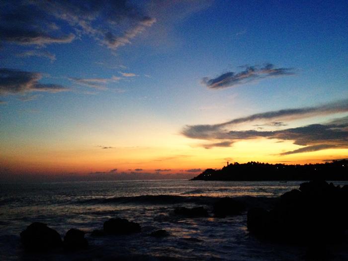 Sunrise-yoga-practice-brisbane