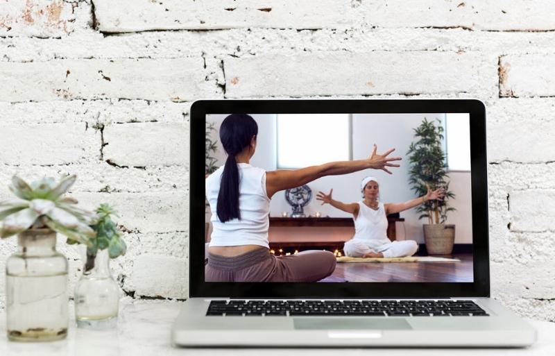 Yoga-lr.jpg