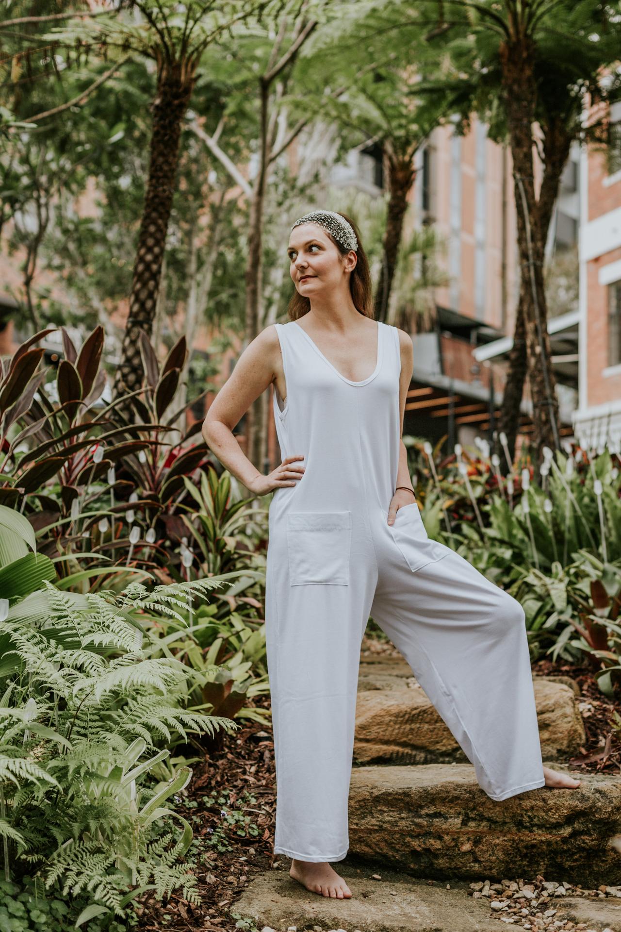 kundalini-shakti-white-yoga-clothes-shop-online