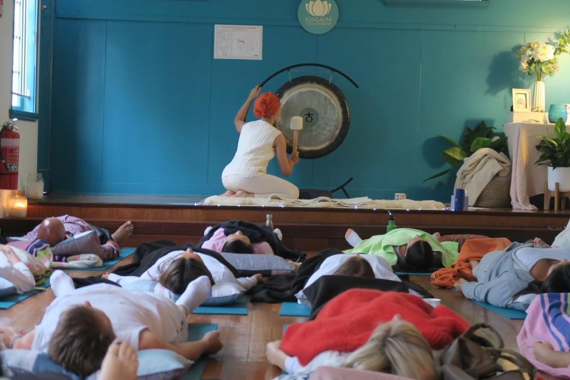 kundalini-social-brisbane-yoga-classes-west-end