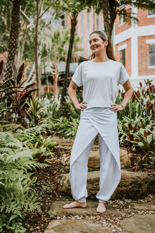 white-yoga-clothes-kundalini-yoga-wear-collection