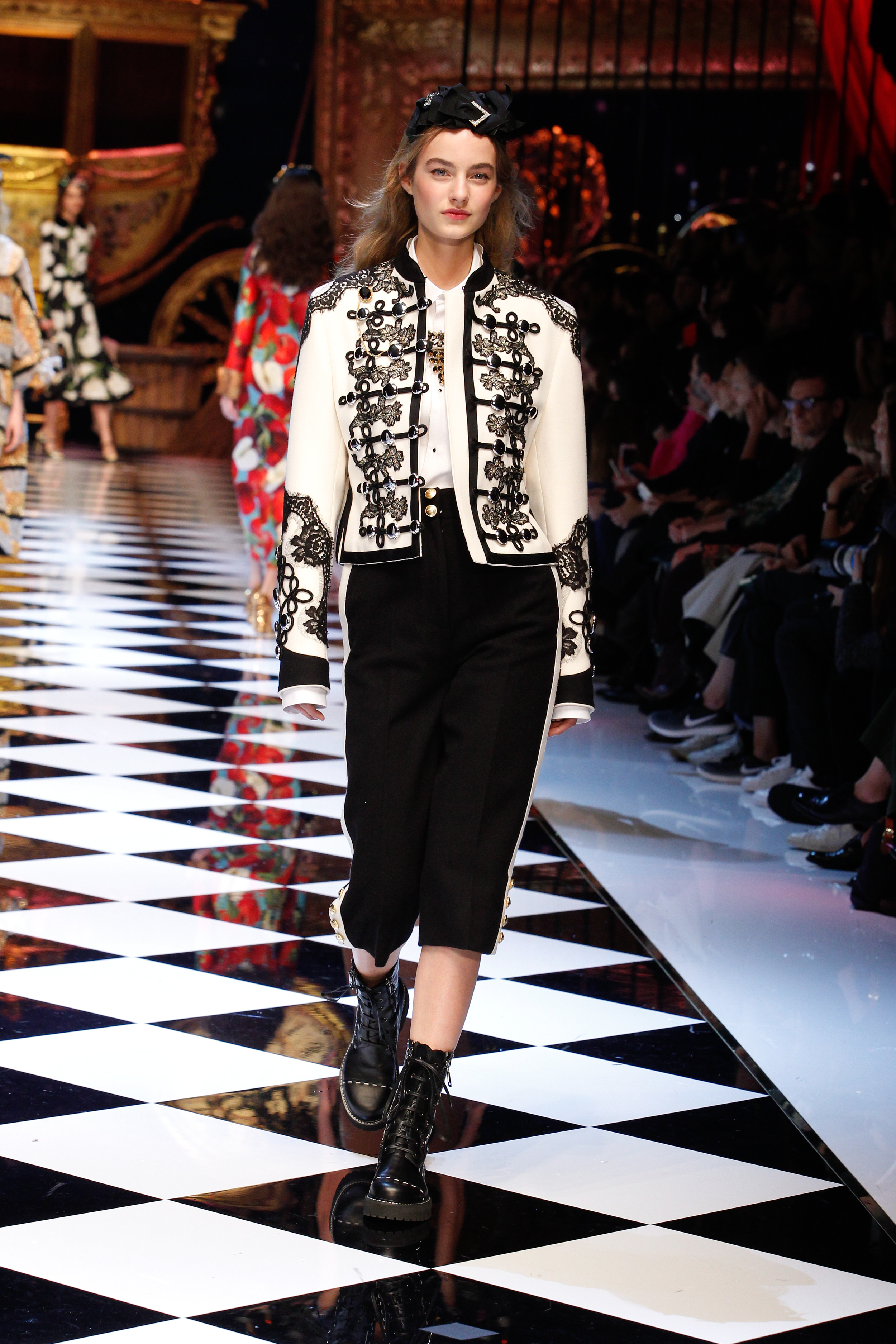 DOLCE&GABBANA WOMEN WINTER 17 (12).jpg