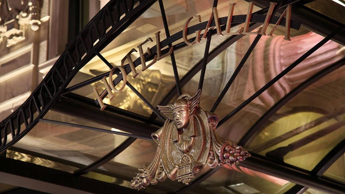 Hotel-Gallia-front-entrance.jpg