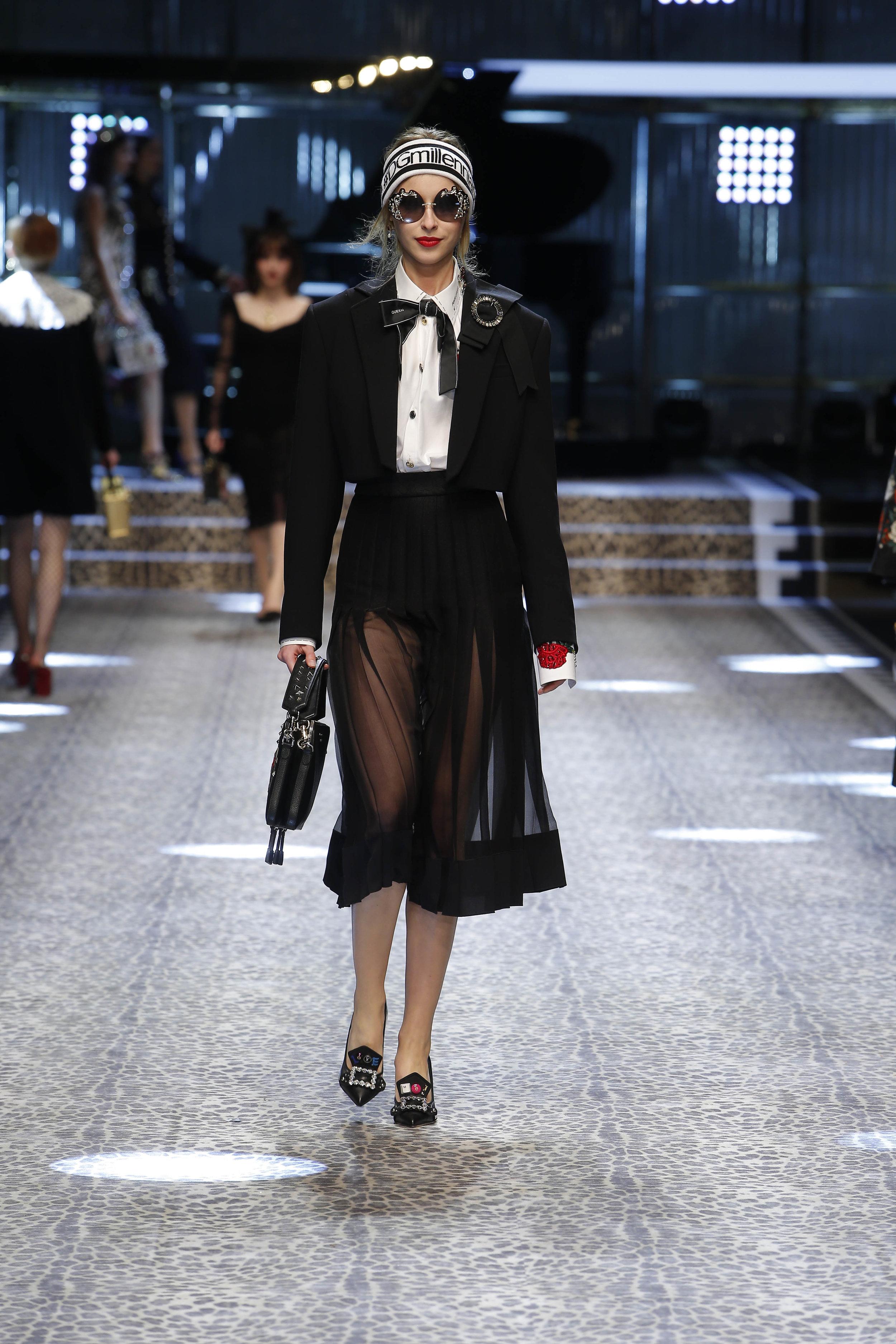 Dolce&Gabbana_women's fashion show fw17-18_Runway_images (28).jpg