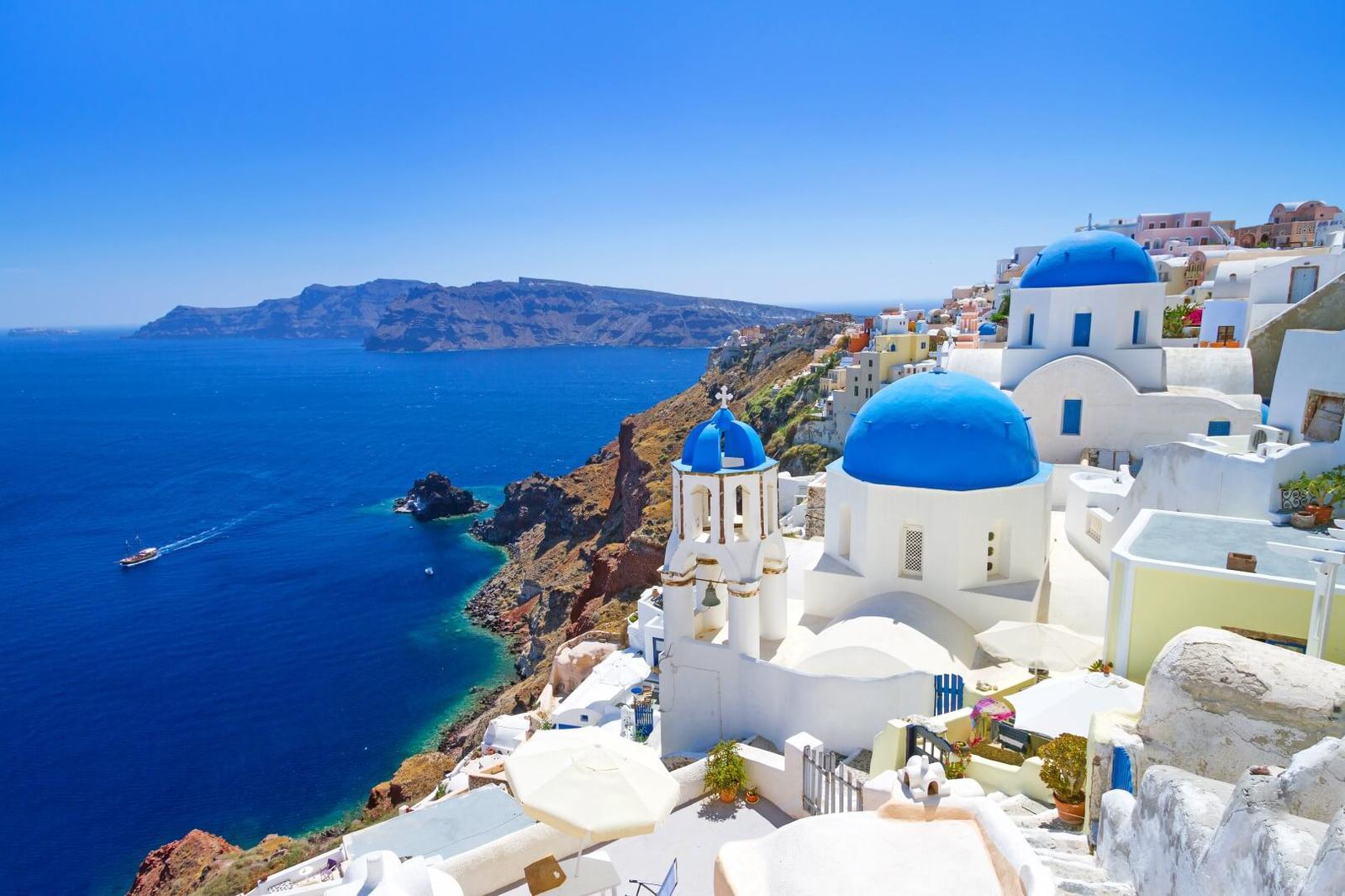 Greece_Santorini_Fotolia2-1.jpg