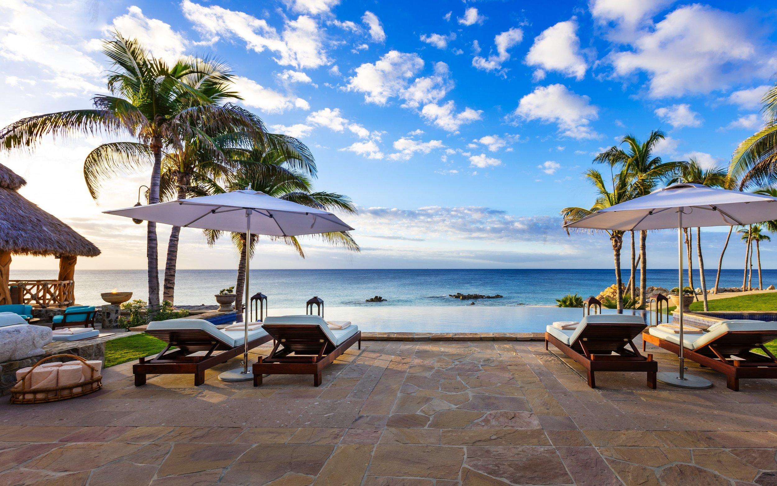 OOPAL-Villa-Cortez-Pool-3200x2000.jpg