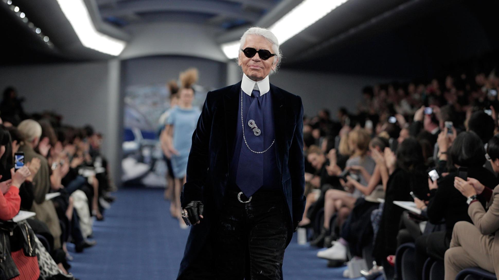 Karl-Lagerfeld-GettyImages-142539159.jpg