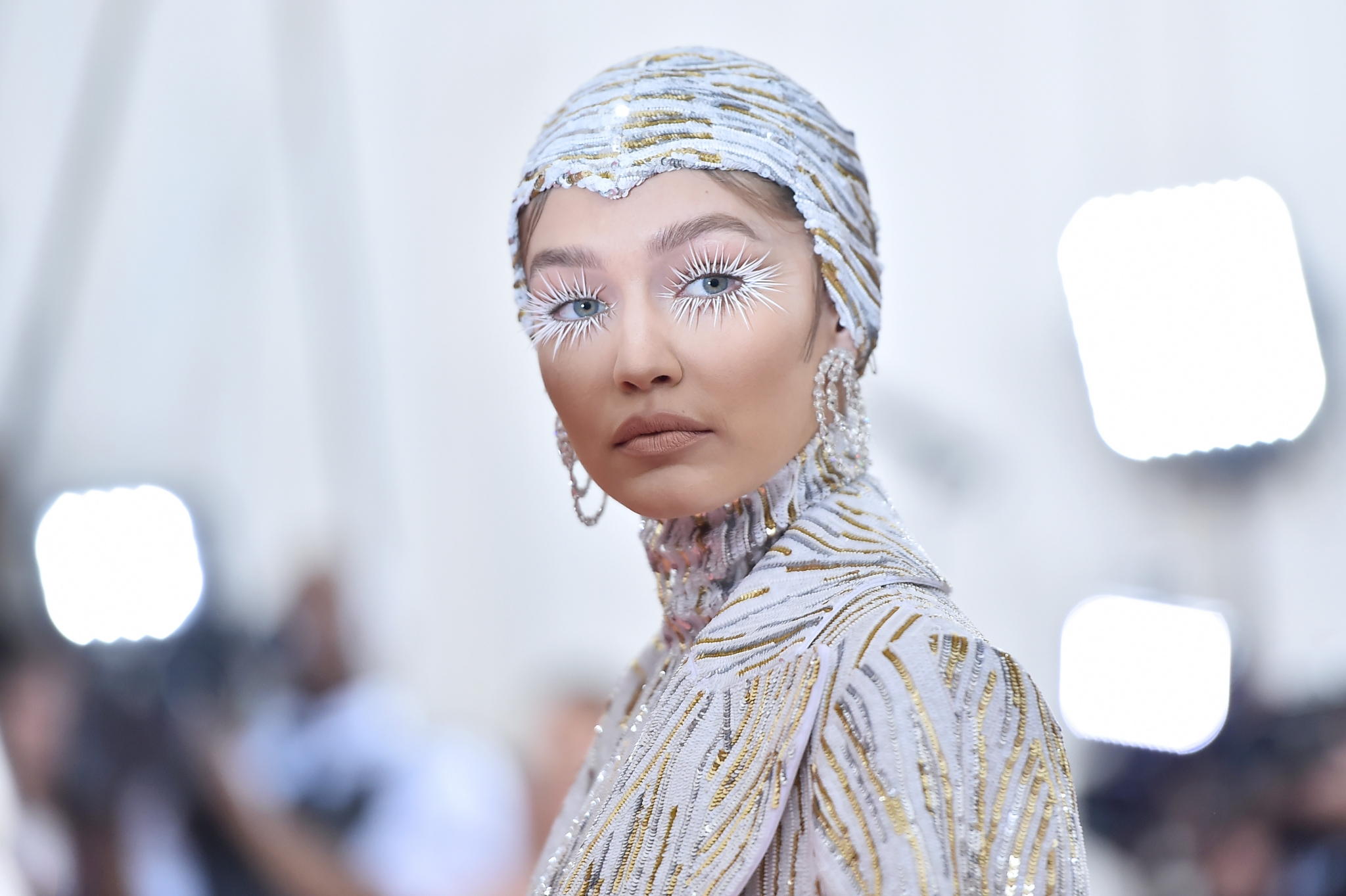 gigi-hadid-met-gala-2019-beauty.jpg