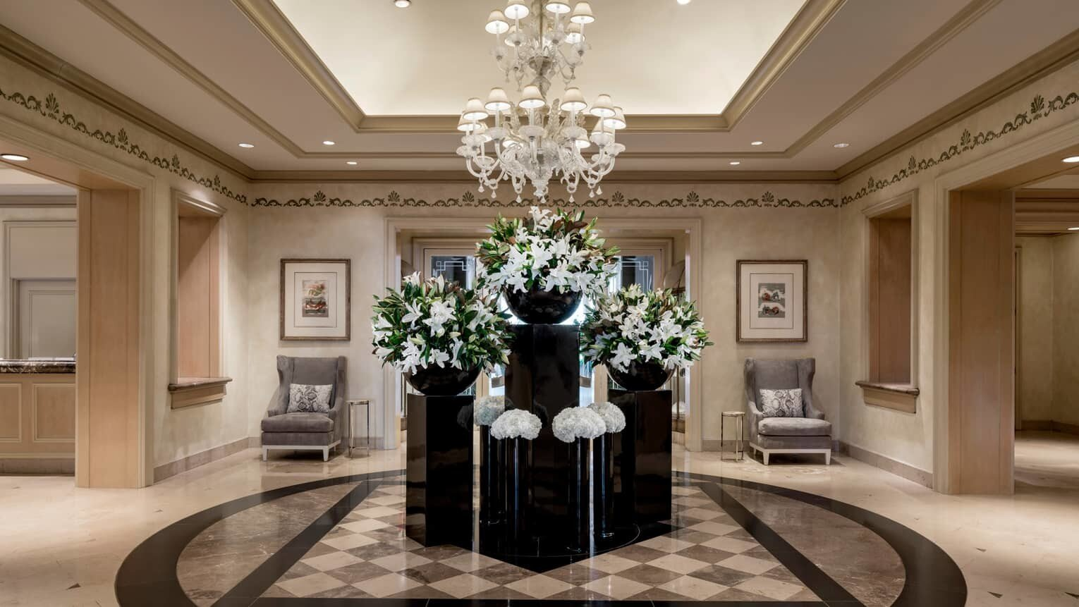 news-main-four-seasons-hotel-los-angeles-at-beverly-hills-welcoms-legendary-chris-ford-as-executive-pastry-chef.1560954750.jpg