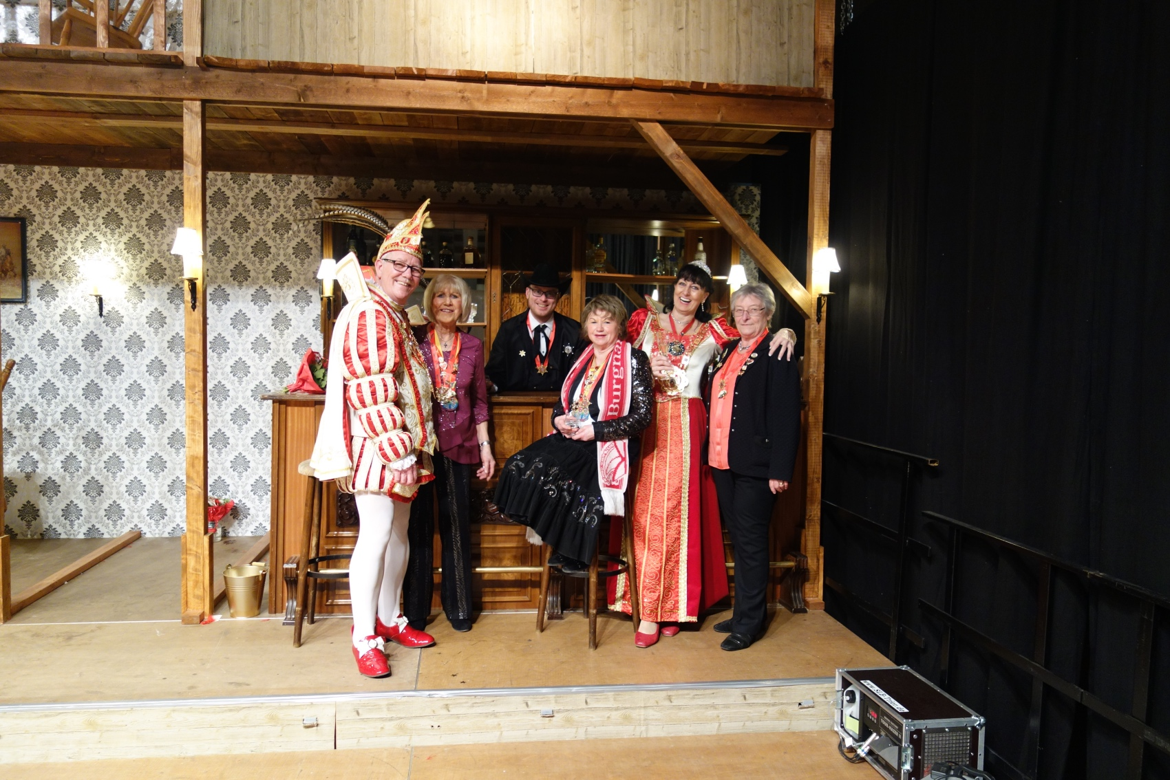 2019-02-24 057RH TR-Irsch Ordensfest Prinzenpaar im Saloon.jpg