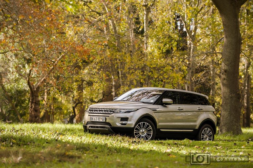 Range Rover Evoque: Forest Front