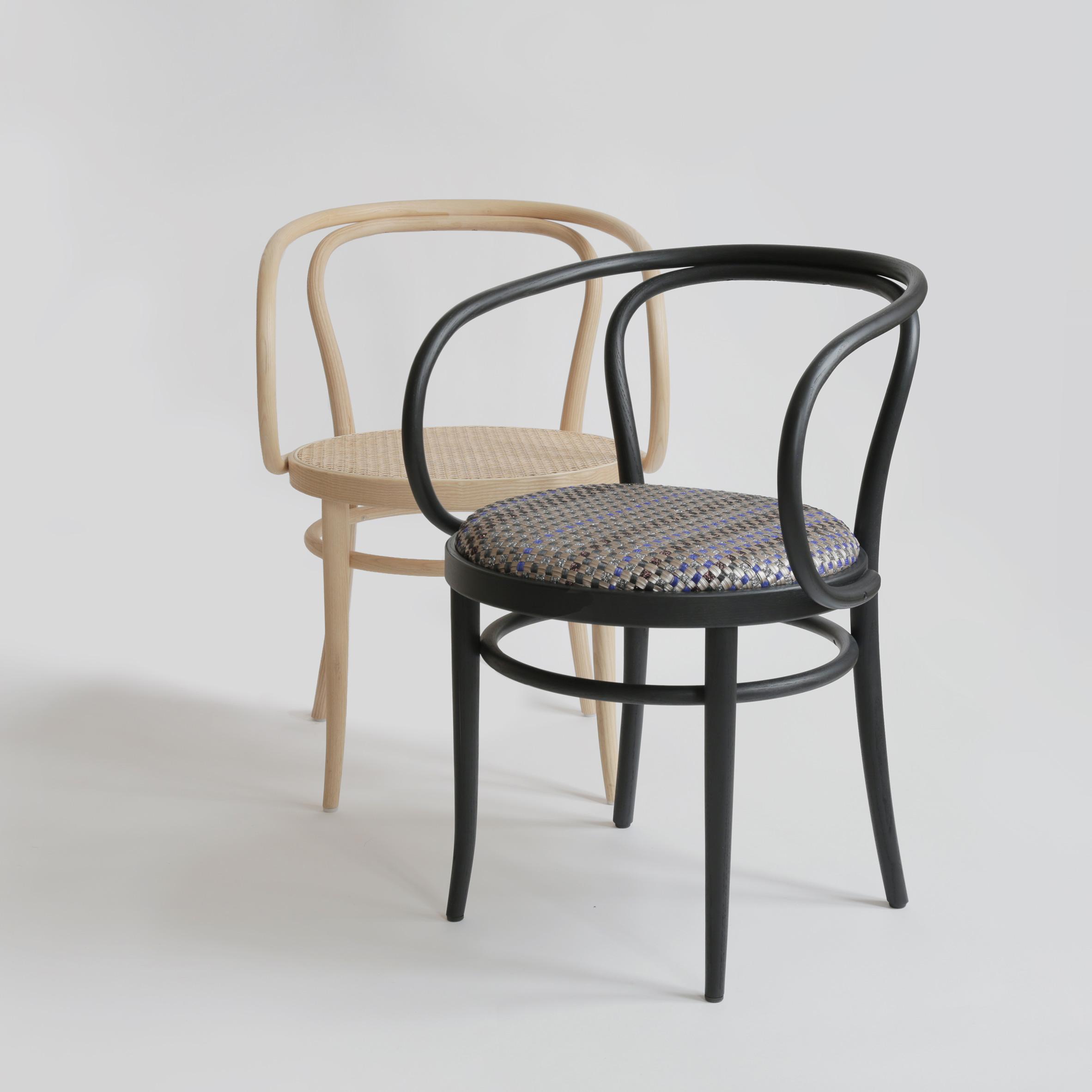 Thonet-Bolon-209-chair-experiment_dezeen_08.jpg