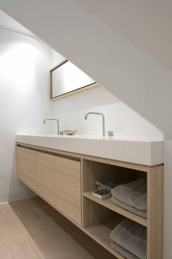 sometimes all it takes are two simple finishes. less is definatly more in interiors