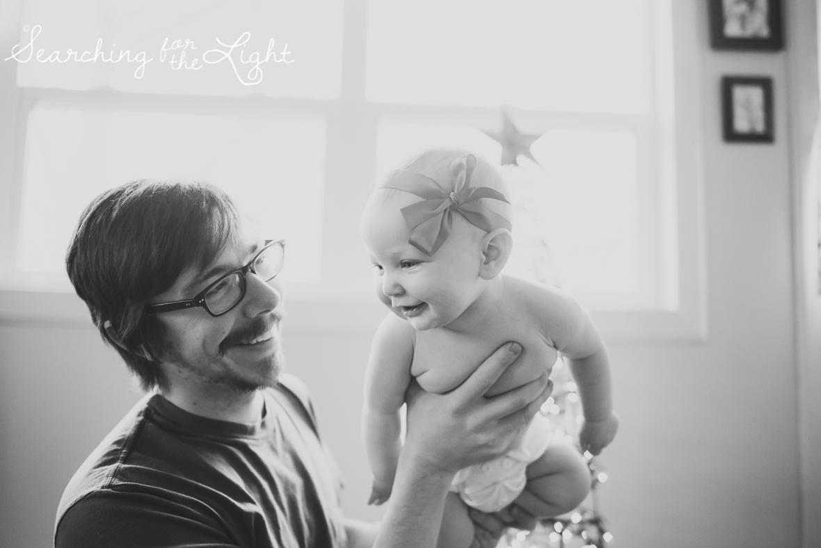denver baby photographer, December baby photos, christmas baby photos, baby and dad