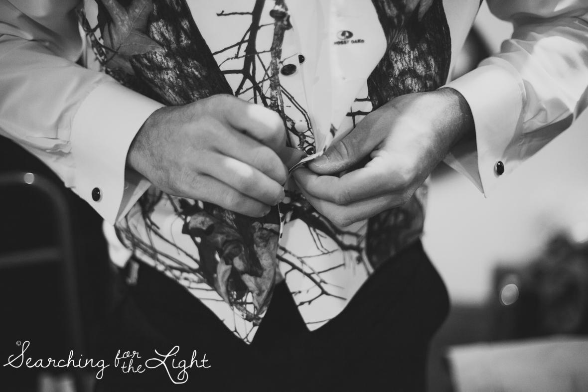 colorado wedding photographer, winter estes park wedding, winter wedding, getting ready photos