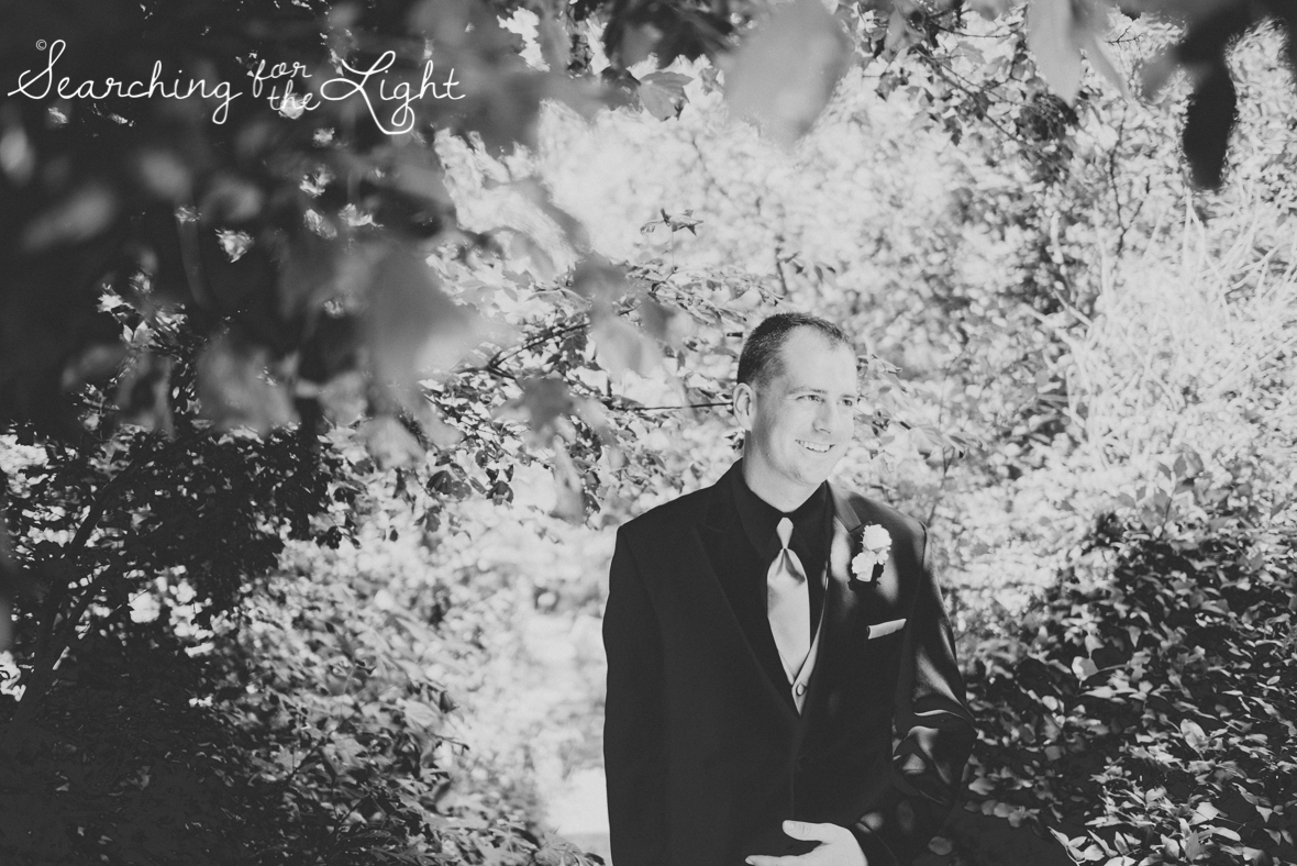 45colorado_mountain_wedding_photographer_meagan&chris_2246_vintage_black_and_white_film.jpg