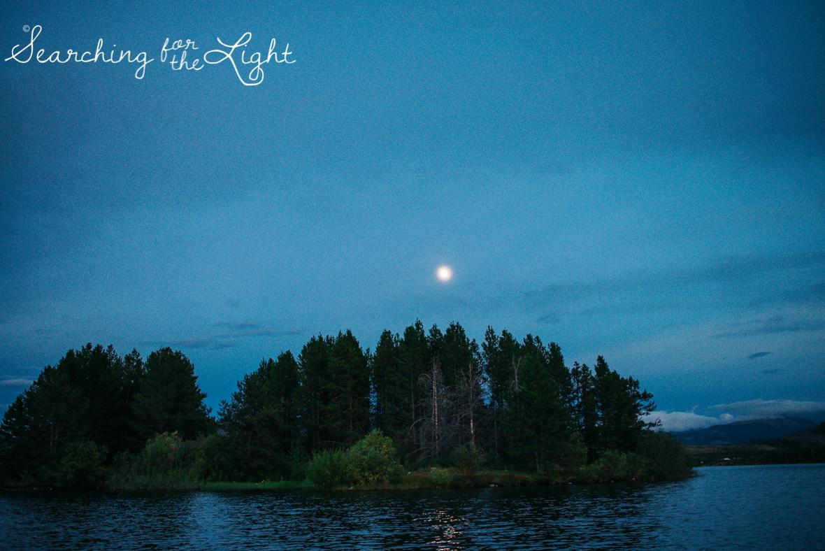 34lake-engagement-photos-lake-dillon-colorado-wedding-photos_120-2.jpg