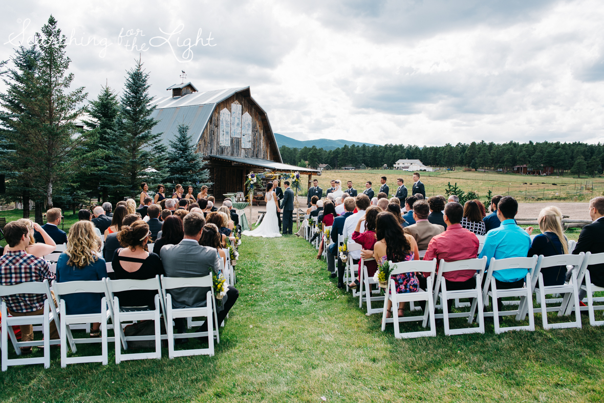 036evergreen_barn_wedding_photos_mountain_wedding_photographer_courtney&kirby_1621-2036.jpg