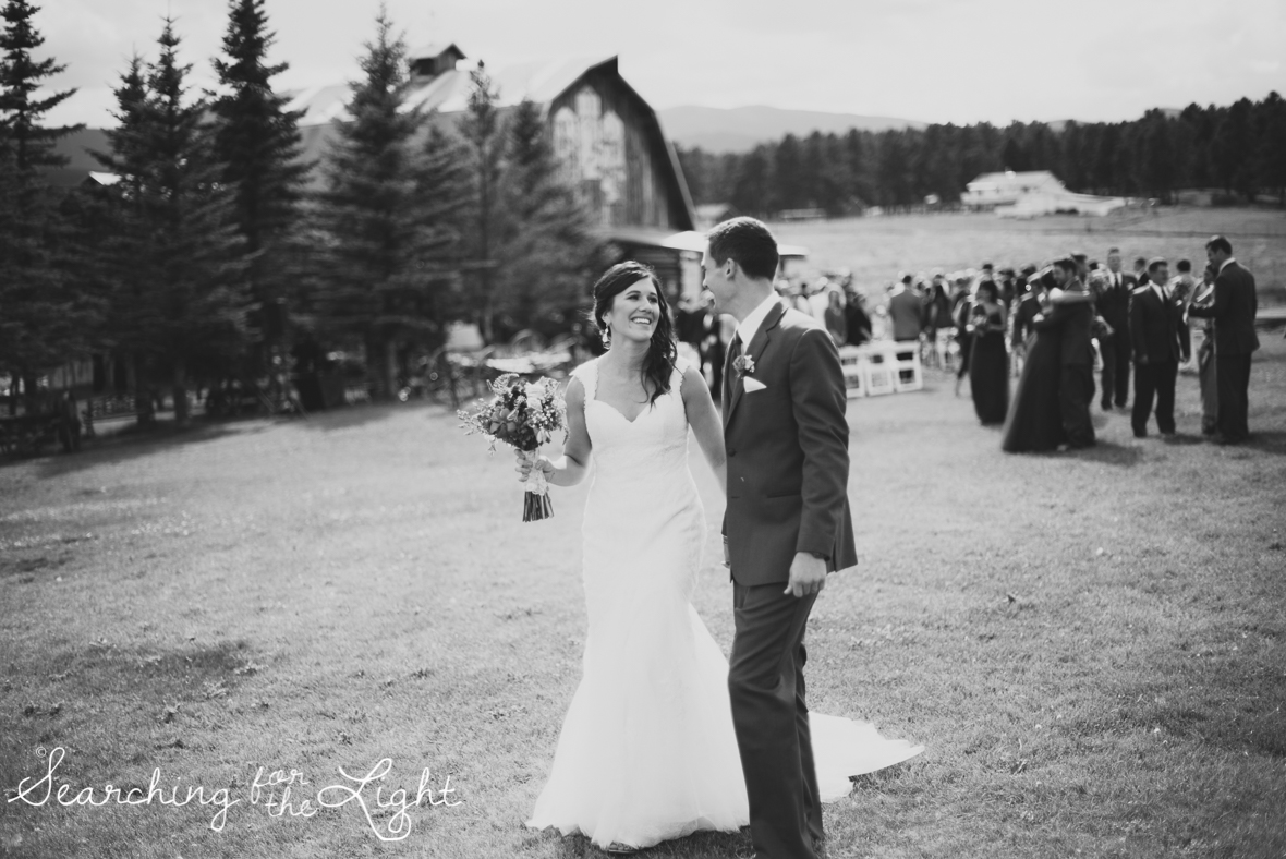 052evergreen_barn_wedding_photos_mountain_wedding_photographer_courtney&kirby_2104-2_bw052.jpg