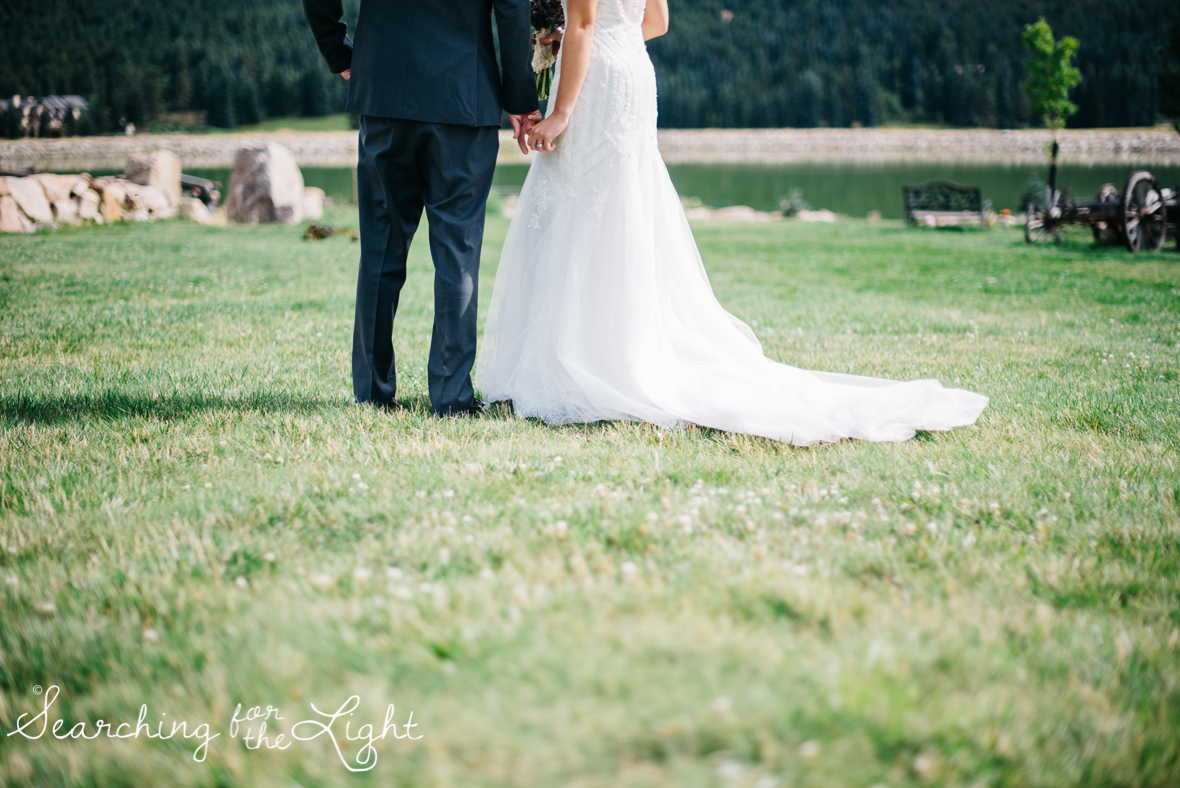 054evergreen_barn_wedding_photos_mountain_wedding_photographer_courtney&kirby_2135054.jpg