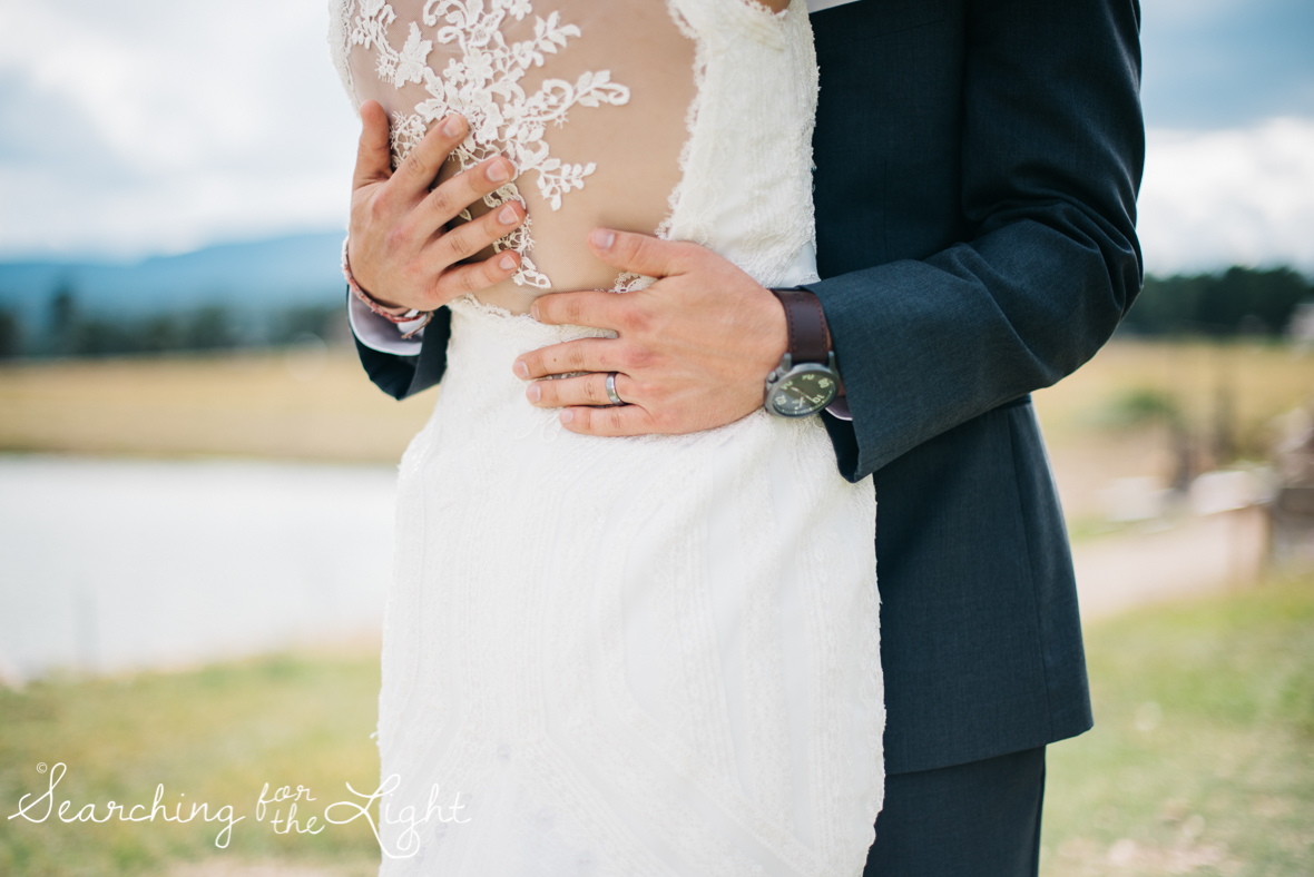 061evergreen_barn_wedding_photos_mountain_wedding_photographer_courtney&kirby_2344061.jpg