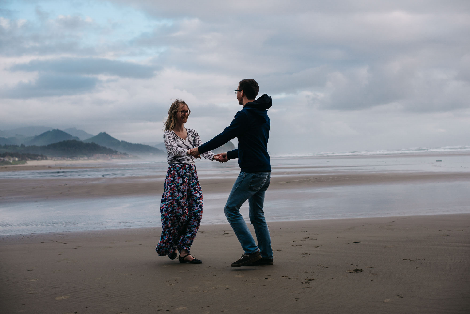 32-emmy-searching-for-the-light-photography-colorado-photographer-elopement-photographer-dance-photographer-couple-photographer_Cannon-Beach_PNW_photographer_portland-possible-trip-2016-2219-2.jpg