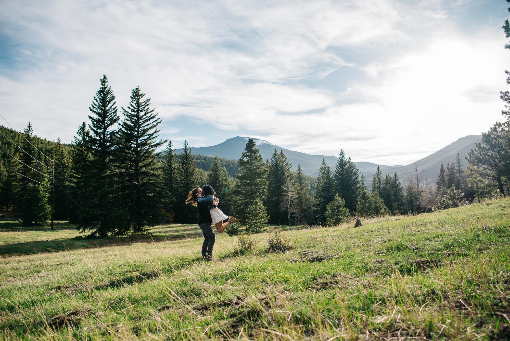 16-14couple-anniversary-engagement-photographer-colorado-romantic-photos-mountain-wedding-photographer-trevr&marissa-2016-2358.jpg