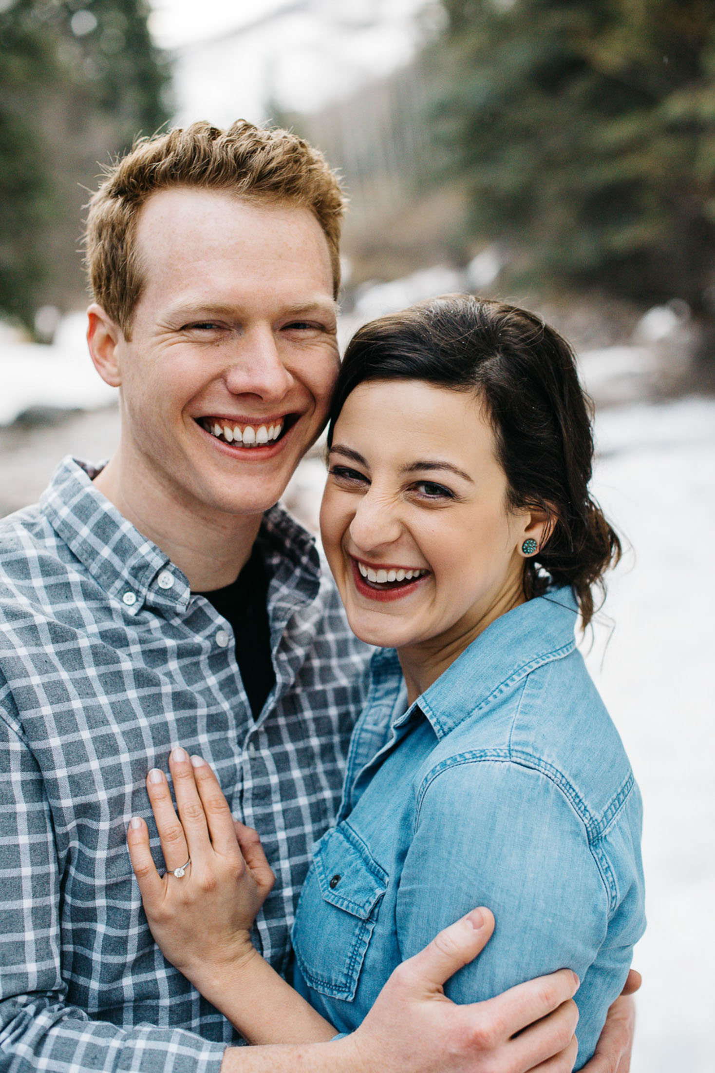 42-37couple-anniversary-engagement-photographer-colorado-mountain-wedding-photographer-vail-engagement-photos-danielle&mark_engagement254.jpg
