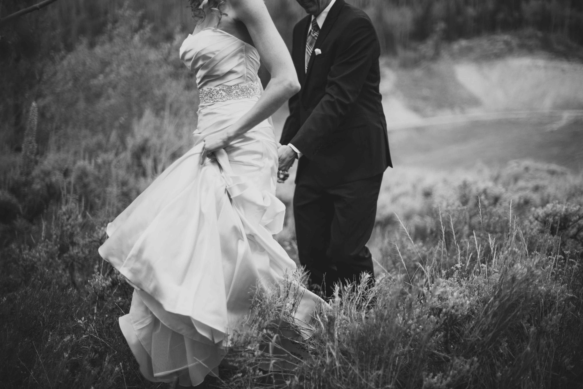 30elopement-photographer-colorado-snow-mountain-ranch-wedding-cynthia&chris-married1169_bw.jpg