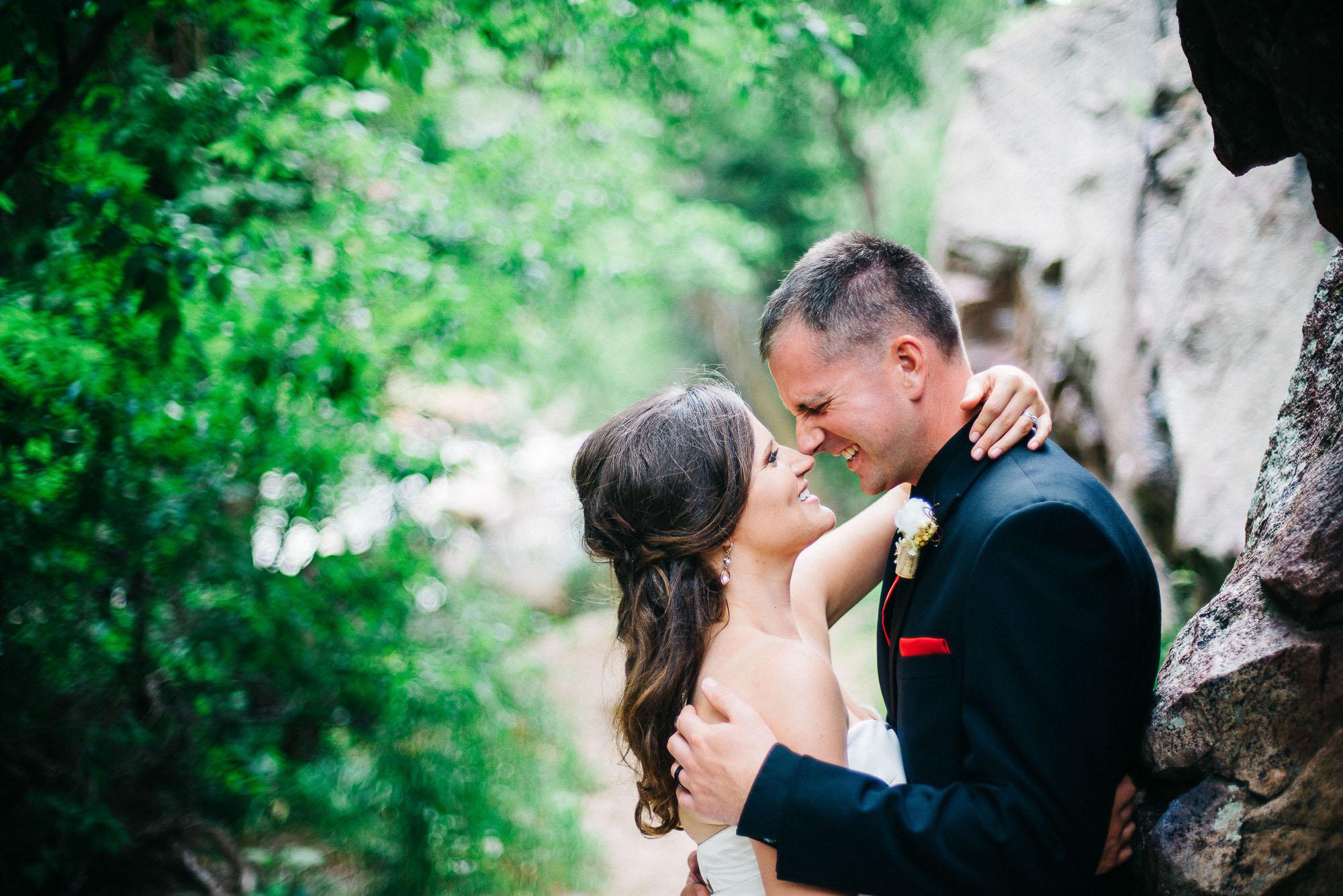 61elopement-photographer-colorado-colorado-mountain-wedding-photographer-romantic-wedding-pictures_009.jpg