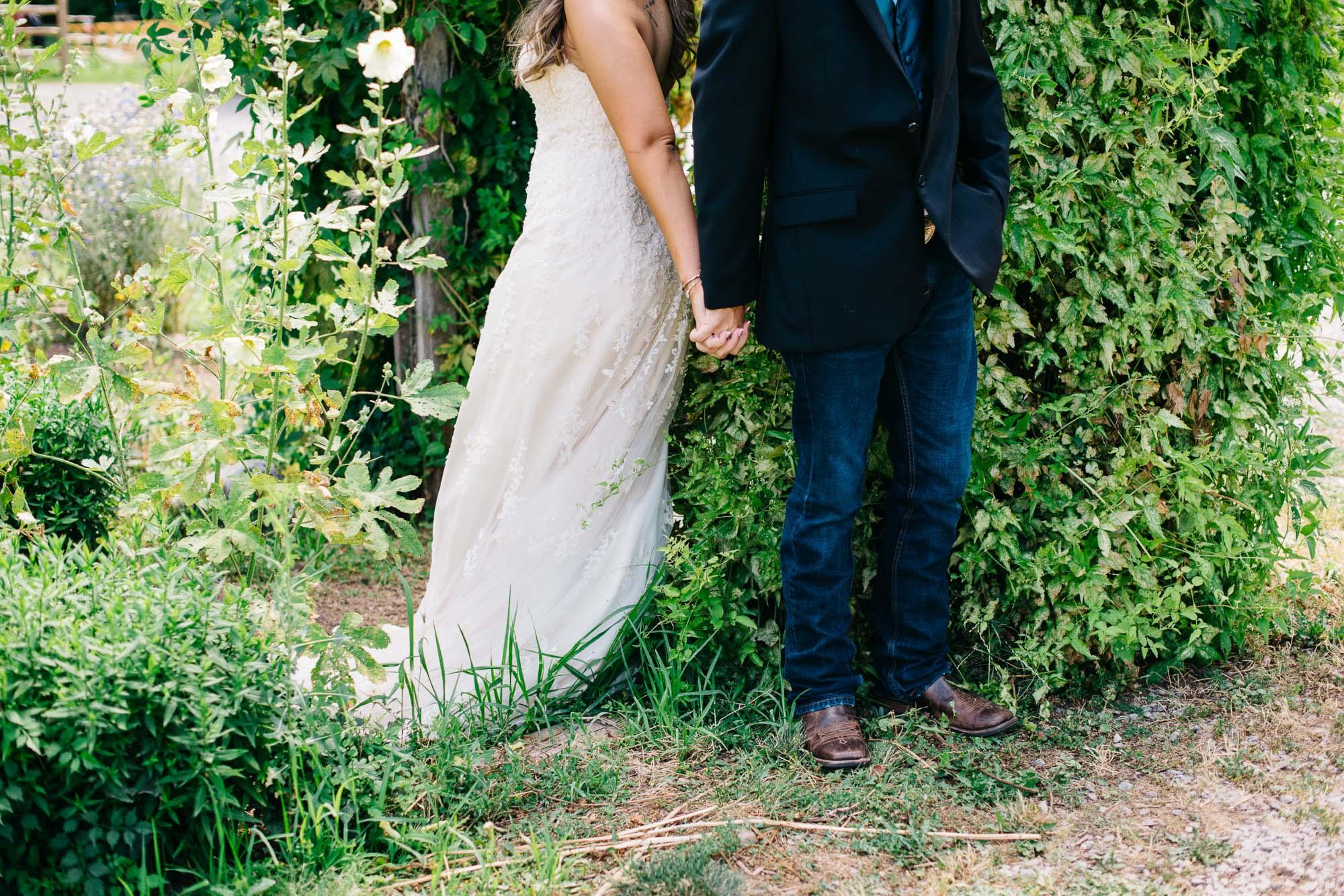 123elopement-photographer-colorado-lyons-farmette-wedding-amy&ben-1083.jpg