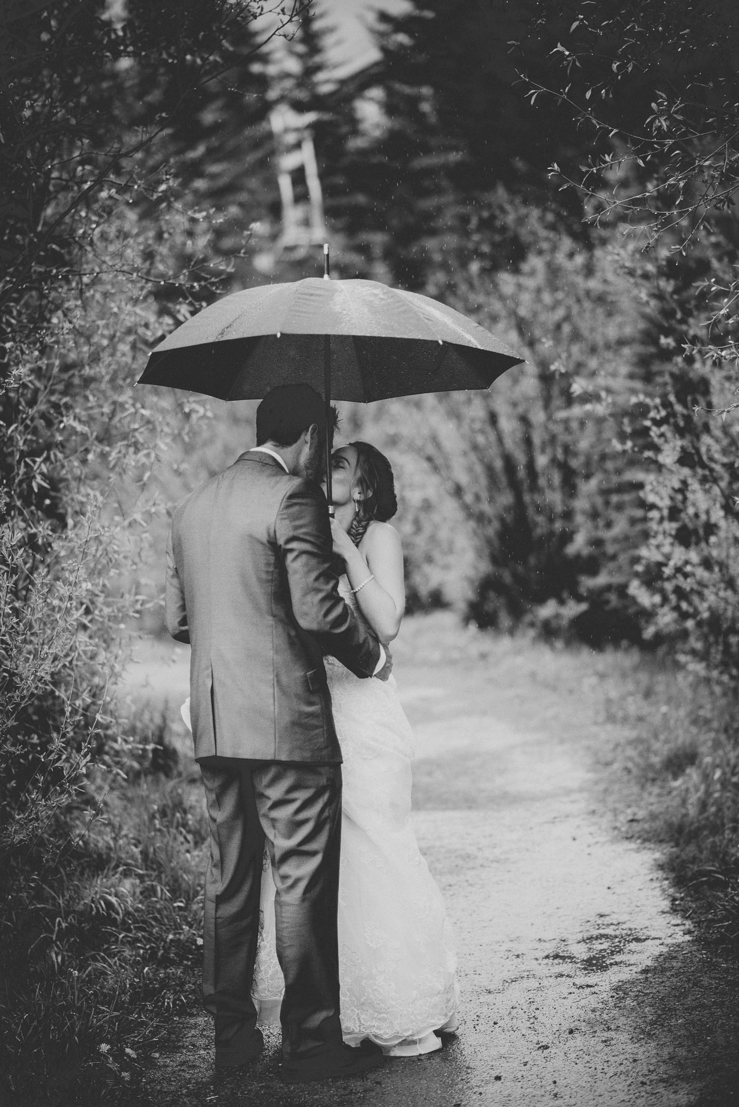 125elopement-photographer-colorado-telluride_wedding_photographer_colorado_mountain_wedding_photographer_brie&tyler_0709_vintage_black_and_white_film.jpg