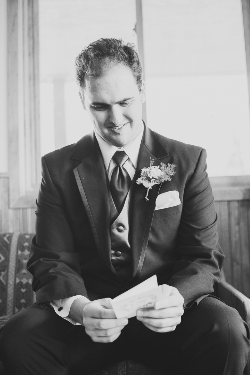 36-42colorado-mountain-wedding-photographer-denver-colorado-mountain-weddings-intimate-weddings-destination-colorado-rocky-mountain-wedding-photographer_snow_mountain_ranch_wedding_allison&will_0142_bw.jpg
