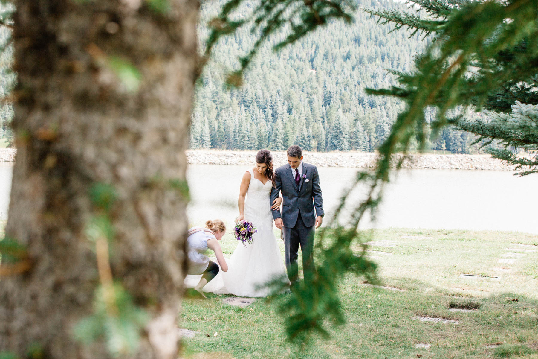 52colorado-mountain-wedding-photographer-denver-colorado-mountain-weddings-intimate-weddings-destination-colorado-rocky-mountain-wedding-photographer_evergreen_barn_wedding_photos_mountain_wedding_photographer_courtney&kirby_2397.jpg