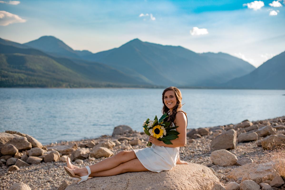 58-Destination-Elopement-Photographer-Colorado-Adventure-Swimming-Elopement-Photography-Twin-Lakes-0215.jpg