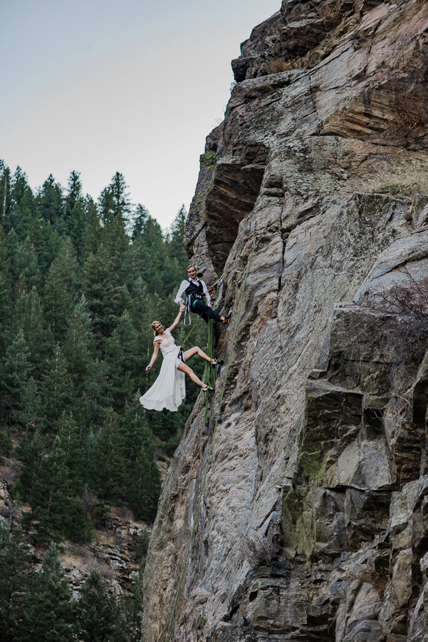 01--138-146-Rock-Climbing-Elopement-Wedding-Colorado-Adventure-Elopement-Photographer-Lauren&Zak-251.jpg