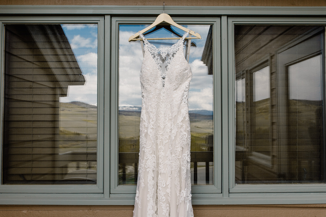 Snow Mountain Ranch Winter Park, Colorado Mountain Wedding {Kayla & Nathan | Colorado Mountain Wedding By Brittany}
