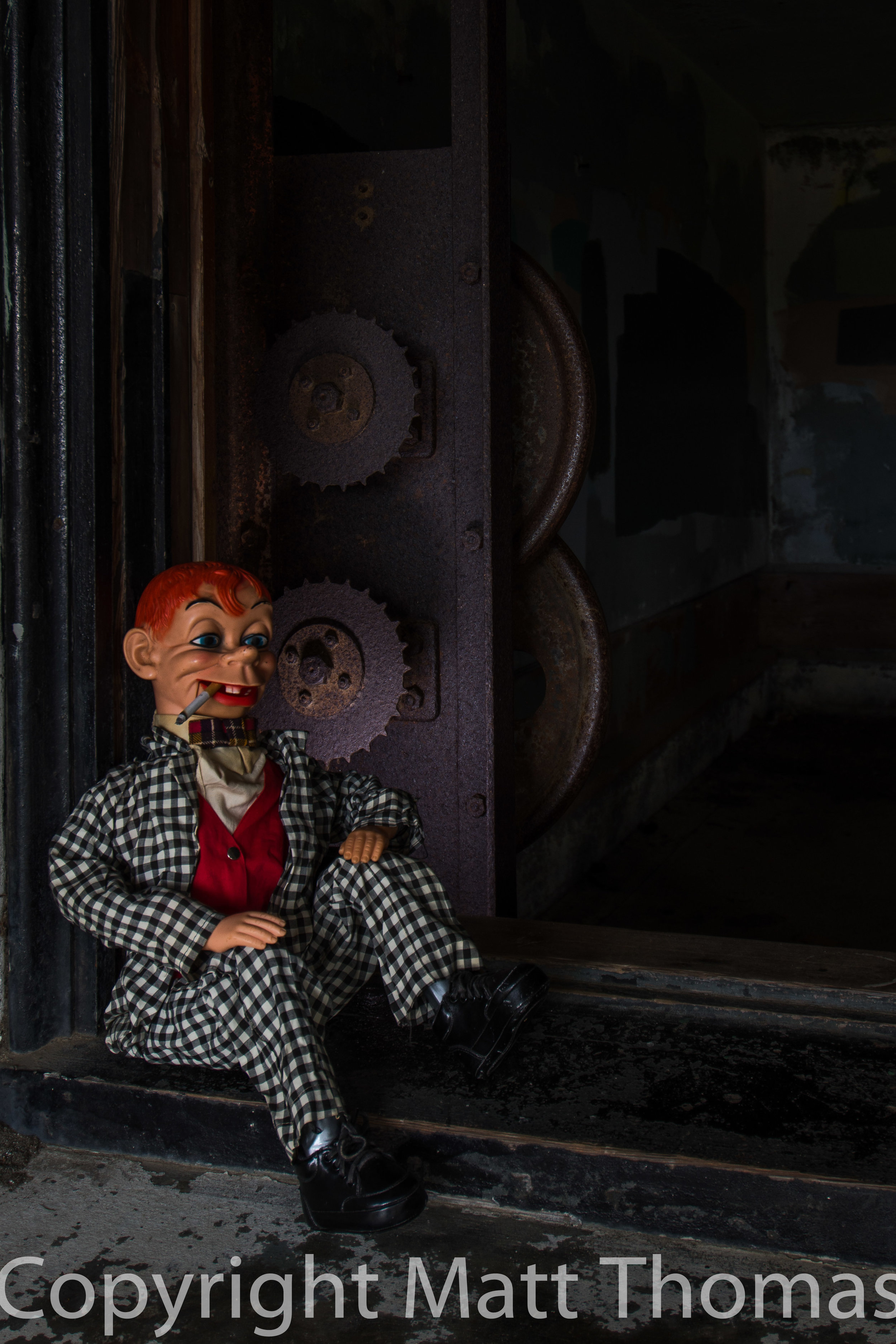 Mortimer takes a smoke break