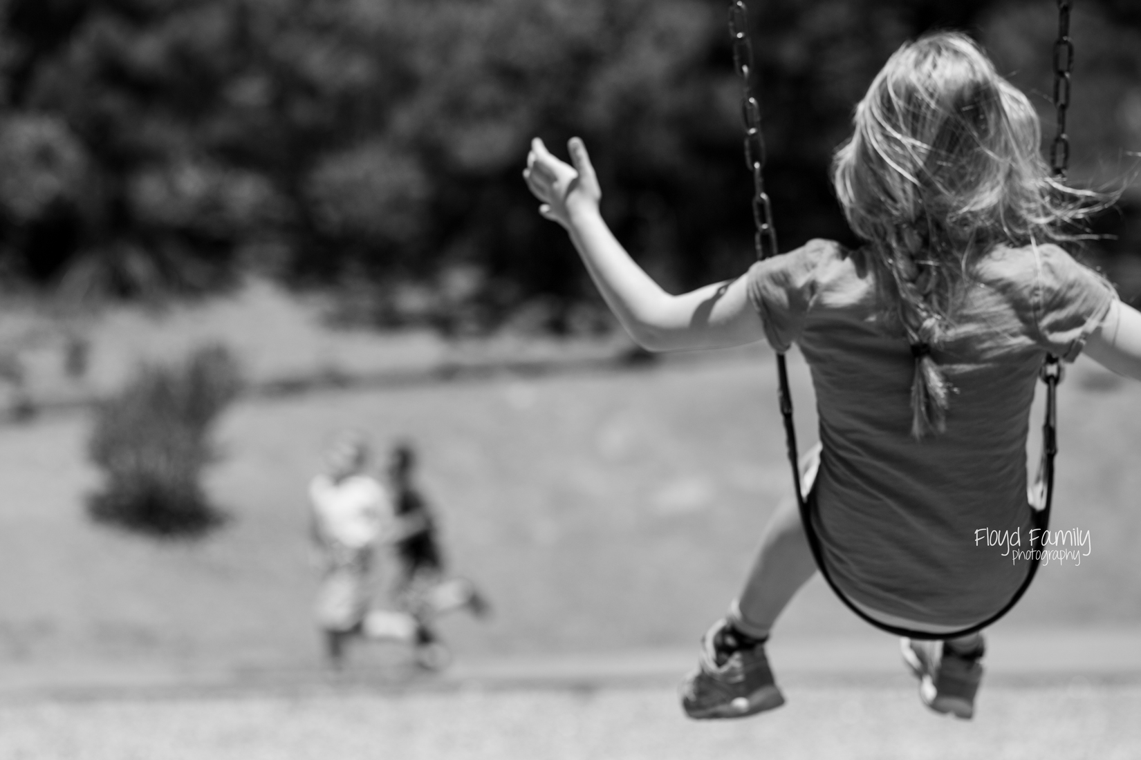 daughter on swings | Placerville-Children-Photographs