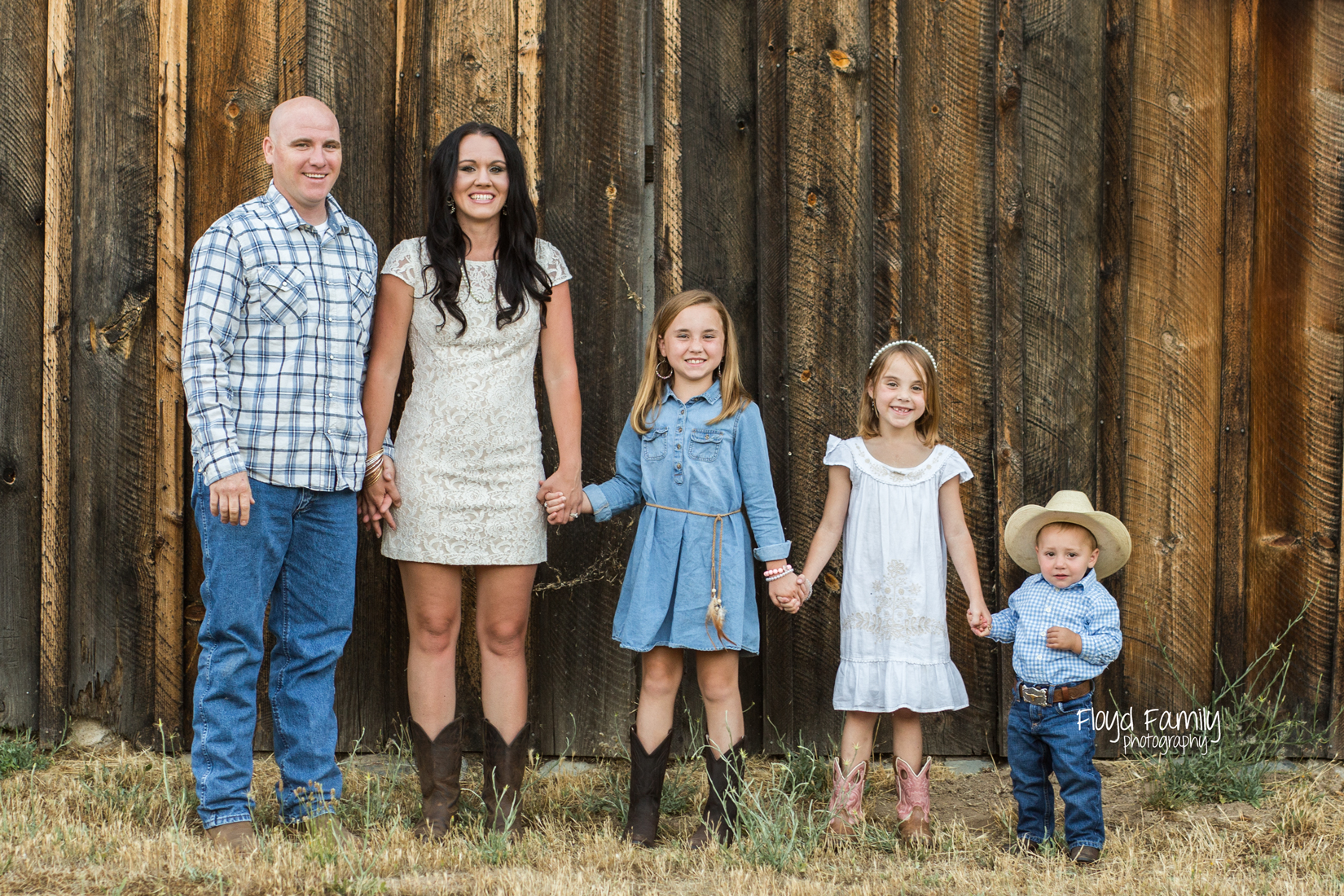 Family log 5 in front of wood barn | Placerville Documentary Family Photography